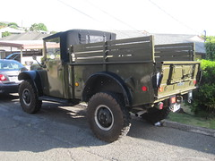 Left oblique view, Dodge 1954 M37 3/4-ton 4WD U.S. military truck (Joel Abroad) Tags: truck army hawaii 1954 dodge honolulu m37 stlouisheights