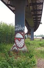 - (txmx 2) Tags: graffiti hamburg altona ignorethetagsonwhitetheyarefromastupidflickrrobot