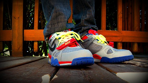 wholesale dealer d24e1 19594 07 Nike Air Trainer III with Transformers Autobot Logo Look-