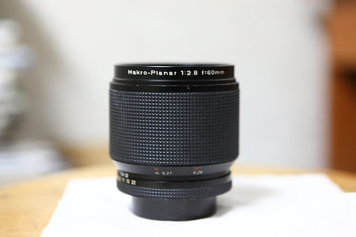 你拍攝的 MAKRO-PLANAR 60mm F2.8。