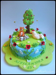 Un angolo del giardino / A Corner of Garden (Fantasticakes (Ccile)) Tags: cats pets tree chicken garden kittens birthdaycake poppy sugarmodelling