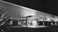Macy's Valley Fair San Jose CA circa 1961 (hmdavid) Tags: architecture modern sanjose departmentstore 1950s macys 1956 valleyfair midcentury macyswest johnsavagebolles