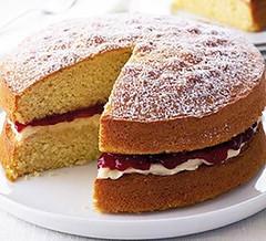 Κέικ Βικτώρια από την Almond