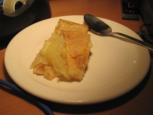 Apple pie from the bistro leftovers - free