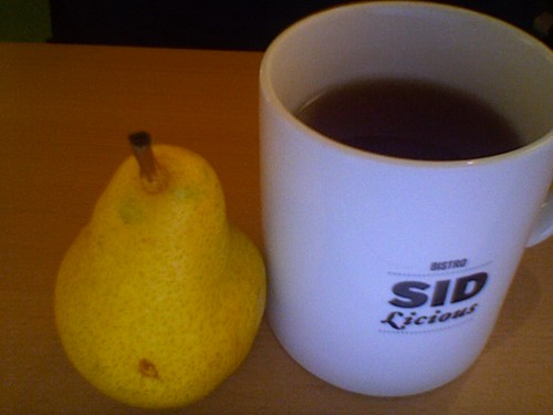Pear and black tea - free