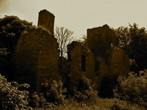 Moncur Castle by Gary Moncur from Flickr
