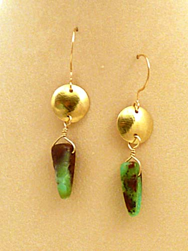 SSP005b Chrysoprase and Gold Bi-Metal Disk Earrings
