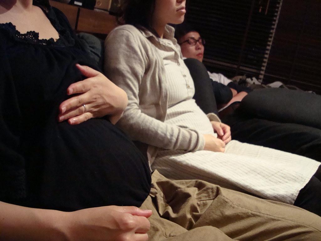 妊婦妊婦寝雷