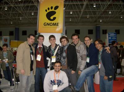 GNOMErs posando para foto