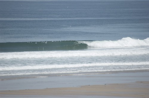 Clean swell on monday