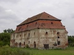 Baroque granary, former monastery, Vasszcseny. Explored #7 (elinor04) Tags: old building abandoned rural geotagged hungary monastery baroque decayed granary closter explored 1720s vasmegye vasszcseny magtr oncewashome