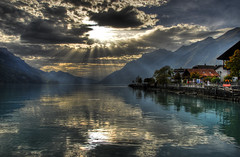 Lake Brienz Switzerland 2009 HDR (LesMeister) Tags: sunset switzerland nikon brienz brienzersee suisse swiss hdr interlaken axalp 18200mmf3556gvr 18200vr d80 hdrsky nikond80 axalp2009