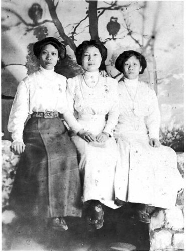 Bessie Moy, Judith Moy, and Mrs. Hum Gin, 1920s (MHS collections)