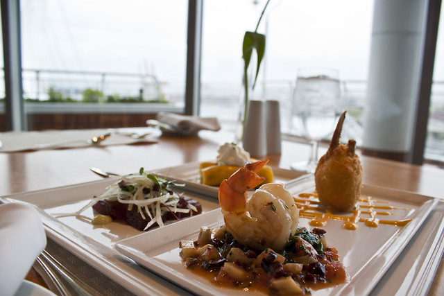Pacific Ocean Seafood Platter