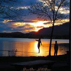 Passion dore - Golden passion (Lara-queen) Tags: light sunset shadow lake canada reflection nature water beautiful beauty montagne spring eau quebec magog lumire may lac ombre jeunesse mount mai reflet human passion printemps personne crepuscule coucherdesoleil memphremagog entrainement jeune humain 2011 tightropewalking platinumheartaward quynhvu platinumhearthalloffame flickraward laraqueen canonpowershotsx30is fenambule
