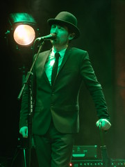 Divine Comedy 21/02/17: Complete Banker (Diamond Geyser) Tags: thedivinecomedy band musician gig show londonpalladium neilhannon singer palladium bowlerhat dappergent