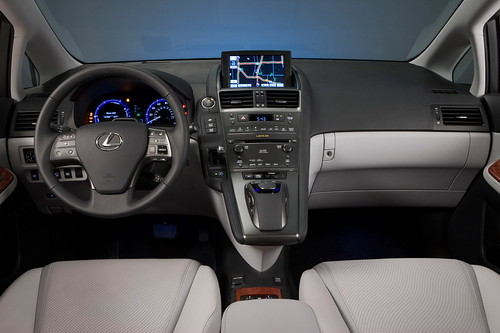 Lexus HS250h luxurious interior