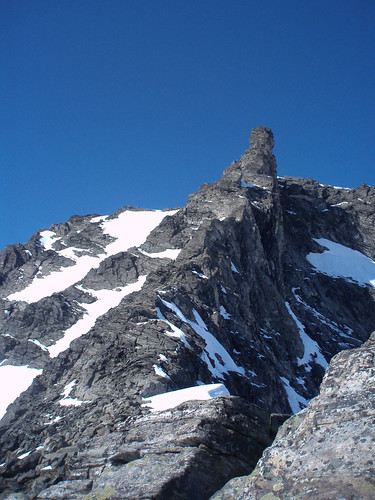 Juratind Summit Ridge, Romsdalen