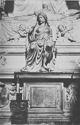 Sepulcro de Fray Francisco Ruiz (Obispo de Ávila) en el desaparecido Convento de San Juan de la Penitencia (Toledo) hacia 1900