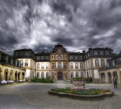 Bsing Palais (rawshooter72) Tags: sky panorama cloud building castle architecture clouds canon is ixus palais schloss hdr 82 hdri offenbach photomatix tonemapped chdk bsing