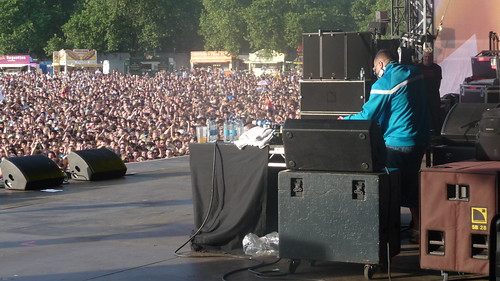 SEMTEX STARTS THE SHOW, HYDE PARK