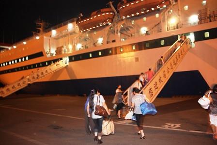 從大連到煙台,夜航渡渤海灣…