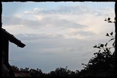 9 - 22 juillet 2009 Saint-Vallier Les Gautherets Ciel au coucher du soleil (melina1965) Tags: trees sky cloud tree clouds nikon july ciel arbres nuage nuages bourgogne juillet arbre 2009 gr8 flickrholic burgondy d80 saneetloire saintvallier photoscape leagueofwomenphotographers onlylandscapesandsunset lesgautherets