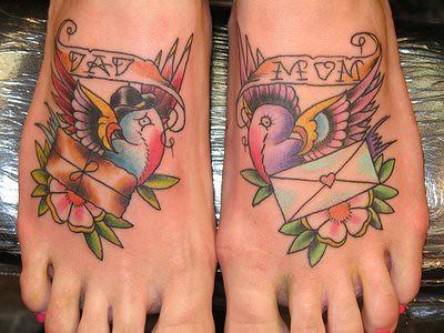 fotos e modelos de tatuagens nos pés