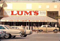 Lum's hot dog restaurant: Fort Lauderdale, Florida (State Library and Archives of Florida) Tags: car buick florida restaurants cadillac fortlauderdale hotdogs mustang olds draughtbeer merc lums sandwitches importedbeer withbeer statelibraryandarchivesofflorida commons:photographer=royerickson royerickson delicioussandwitches worldfamoushotdogssteaminbeer