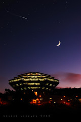 I Want to Believe (Lee Sie) Tags: blue sky moon college night campus lights purple sandiego illumination diego crescent uc drseuss xfiles ucsd geisellibrary pricecenter williampereira theodoregeisel simonsimon