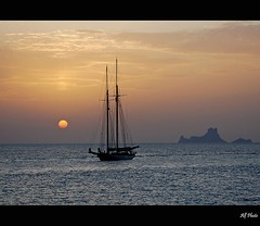 Another day at the end (alfvet) Tags: sunset nikon mediterraneo tramonto mare distillery formentera d60 simplybeautiful superaplus aplusphoto flickraward diamondclassphotographer flickrdiamond theunforgettablepictures platinumheartaward goldstaraward grandemaregroup veterinarifotografi nikonflickraward colorsofthesoul artofimages saariysqualitypictures capturethefinest bestcapturesaoi bestofmywinners magicunicornverybest magicunicornmasterpiece sailsevenseas elitegalleryaoi mygearandmepremium mygearandmebronze mygearandmesilver bestofblinkwinners aboveandbeyondlevel4 flickrstruereflection1 flickrstruereflection2 flickrstruereflection3 flickrstruereflection4 flickrstruereflection5 flickrstruereflection6 flickrstruereflection7 flickrstruereflectionexcellence aboveandbeyondlevel2 aboveandbeyondlevel3 rememberthatmomentlevel4 rememberthatmomentlevel1 rememberthatmomentlevel2 rememberthatmomentlevel3