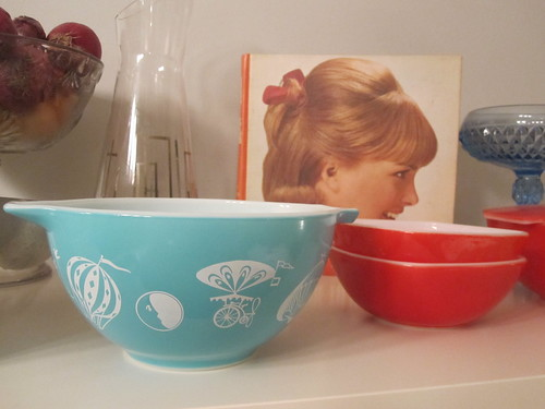On the shelf: Balloon and red Hostess bowls