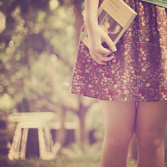 """all the world is made up of faith and trust and pixie dust"" (priska febrinia) Tags: book peterpan skirt explore sp frontpage flowery vintagey jmbarie oneofmyfavquotesfromthebook"