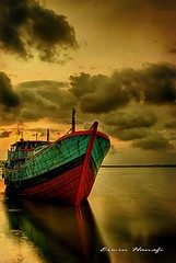 (G Erwin H ( Off )) Tags: reflection texture water clouds indonesia ship dusk hdr centraljava cilacap theperfectphotographer flickrestrellas artistictreasurechest platinumbestshot