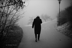 In the Mists (michael.mu) Tags: leica m240 50mm noctilux leicanoctiluxm50mmf095asph fog mist nebel prague czech streetphotography strahov forkintheroad inthemists silverefexpro bw blackandwhite monochrome praha
