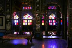 Stained glass windows in a Palace of Mehrangarh Fort, Jodhpur, India ジョードプル メヘラーンガル・フォート内宮殿のステンドグラス (travelingmipo) Tags: photo india asia 旅行 写真 インド アジア rajasthan ラジャスタン ラジャスターン jodhpur जोधपुर ジョードプル bluecity suncity ブルーシティ 青の町 青い町 メヘラーンガル・フォート メヘラーンガル城 メヘラーンガル砦 フォート 城 城塞 castle mehrangarhfort fort mehrangarh architecture 建築 arch window 窓 stainedglass ステンドグラス interior メヘラーンガル メヘランガル