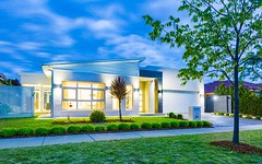 30 Dorothy Green Crescent, Franklin ACT