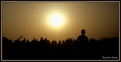 A Crowded Sunset... [Explored #75] (D a r s h i) Tags: light sunset people sun mountains nature evening crowd silhouettes explore mahableshwar exlpored