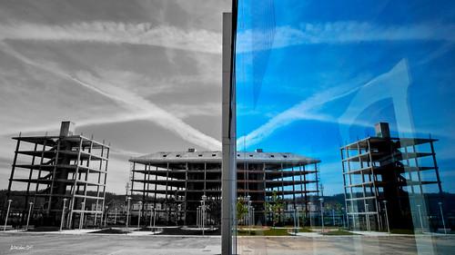 Simetría en construcción