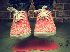 G (Salma Alzaid ) Tags: cute love vintage for flying shoes you girly bricks cant falling jeans gravity salma blame askme   canong10 mlg0o0fa salmaphotography httpwwwformspringmemlg0o0fa