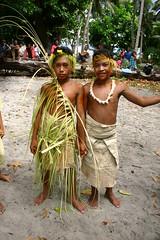 Kids Dressed for Dance (U Jay) Tags: polynesia solomonislands tikopia polynesiandance polynesianoutliers