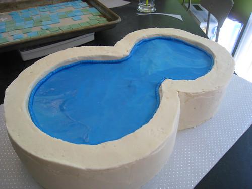 making of the swimming pool cake