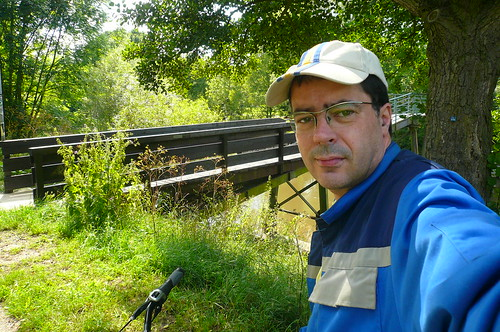 Selbst an der kleinen Brücke über die Nidda bei Praunheim. Juli 2009