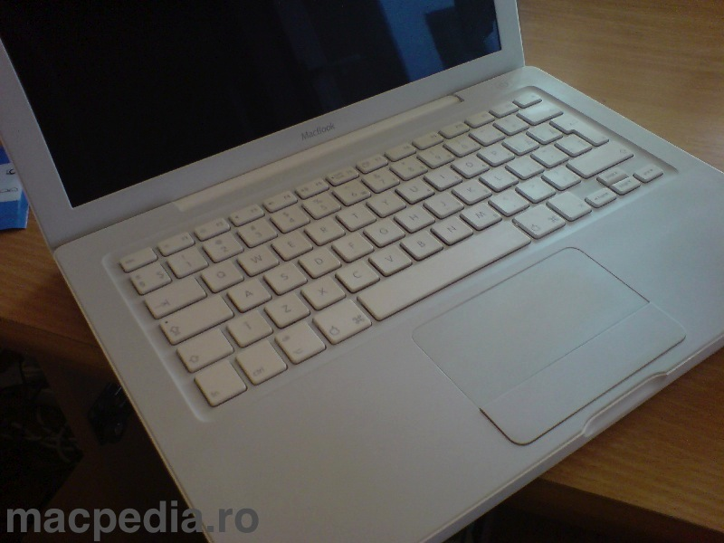 Carcasa MacBook curata