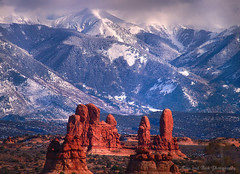 ARCHES NATIONAL PARK (Aspenbreeze) Tags: winter snow mountains geotagged utah nationalpark arches archesnationalpark nationalparks blowingsnow rockformations gmt platinumphoto flickrdiamond magicunicornverybest aspenbreeze luxtop100