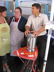 2009_Sept_Alley_Health_Fair 076