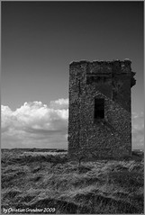 Spooky (grundi1) Tags: old ireland tower head sony irland eire ruine kinsale 300 alpha turm burg