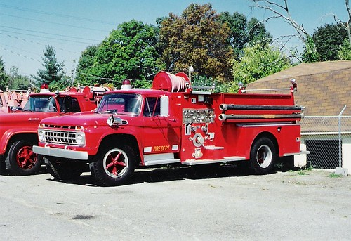 55 1966 Ford F750/Seagrave