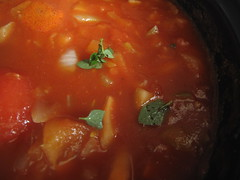 Tomato sauce cooking