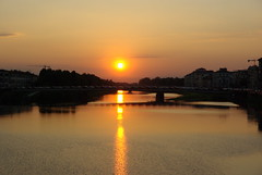 Sunset at River Arno (Stella Borne Mikkelsen) Tags: sunset italy river florence arno toscany pentaxk10d